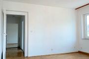 Obj.-Nr.-90210604-Wohnzimmer-zum-Flur