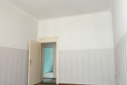 Obj.-Nr. 04190722 - Wohnzimmer zum Flur