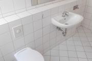 Obj.-Nr. 09171105 - Duschbad WC-Waschbereich