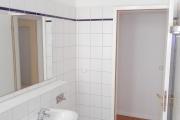 Obj.-Nr. 09171105 - Duschbad Waschbereich