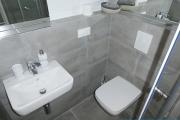 Obj.-Nr. 01180501 - Duschbad WC-Waschbereich