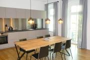 Obj.-Nr. 01180501 - Wohnzimmer zur Küche