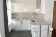 Obj.-Nr. 01180604 - Küche Essbereich Tresen offen