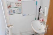 Obj.-Nr. 01190110 - WC-Toilette Waschbereich