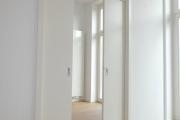 Obj.-Nr. 01190206 - Schiebetüre in der Wand laufend