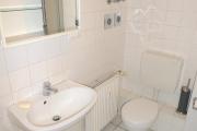 Obj.-Nr. 01190304 - Duschbad WC-Waschbereich