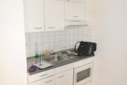 Obj.-Nr. 01190304 - kleine Küchenzeile im Wohnzimmer