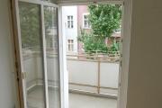 Obj.-Nr. 04180906 - Balkon-Austritt
