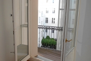 Obj.-Nr._05170903_-_Balkon-Austritt_Flur