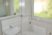 Obj.-Nr. 07180406 - Wannenbad WC