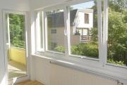 Obj.-Nr. 07180406 - Wohnzimmer zum Balkon