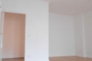 Obj.-Nr. 09180101 - Wohn- Schlafzimmer zum Flur