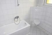 Obj.-Nr. 09190205 - Wannenbad WC