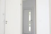 Obj.-Nr. 09190205 - Wohn-: Schlafzimmer zum Flur