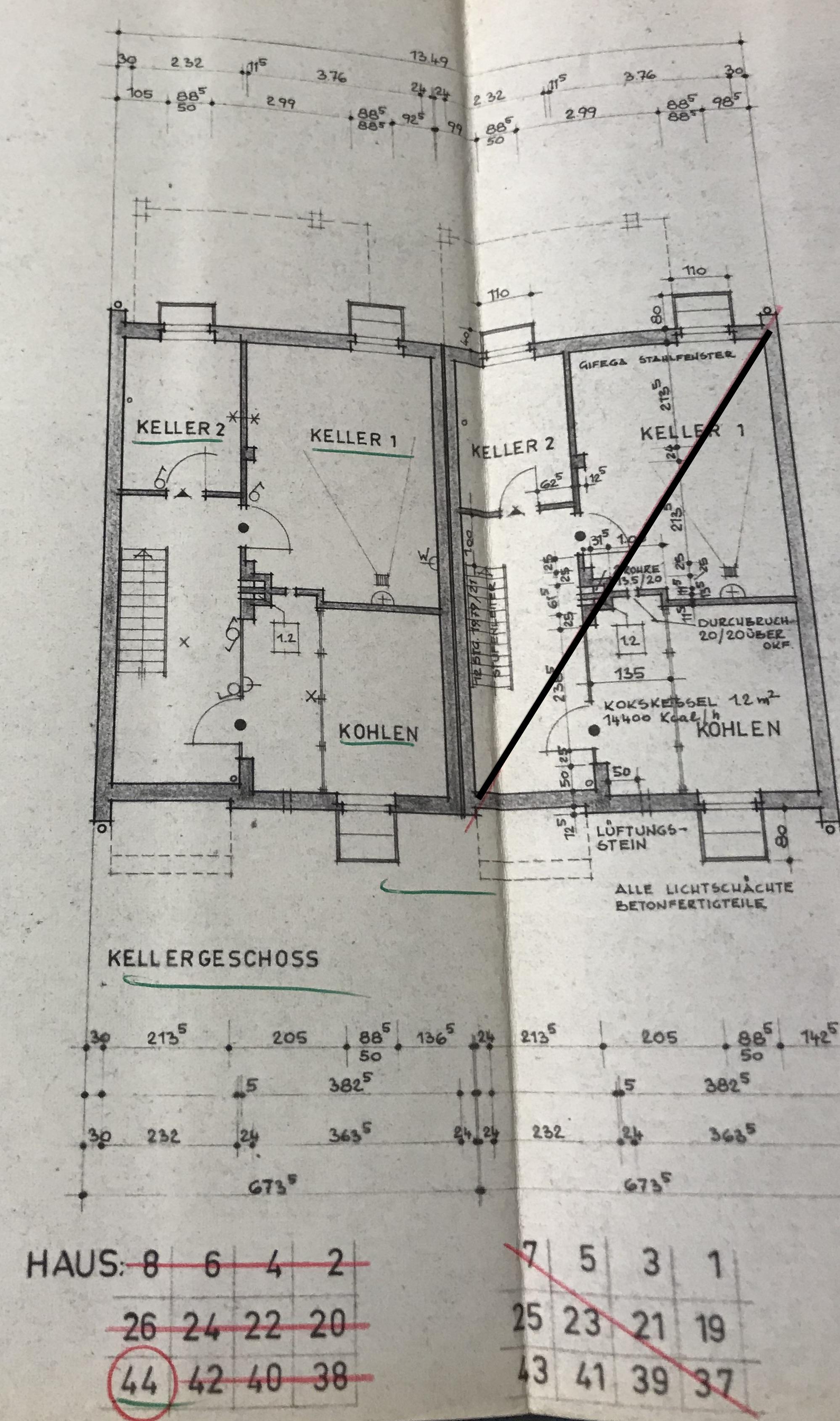 Berlin-Zehlendorf   5-Zimmer-Doppelhaushälfte   ca. 126 m² ...