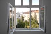 Obj.-Nr._11170801_-_Schlafzimmer_Fenster-Ausblick