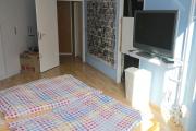 Obj.-Nr. 11180804 - Schlafzimmer zum Flur