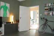 Obj.-Nr. 11180908 - Wohnzimmer zum Flur