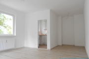 Obj.-Nr. 12180609 - Wohnzimmer zum Schlafbereich