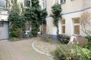 Obj.-Nr. 15181203 - Innenhof zum Gewerbe