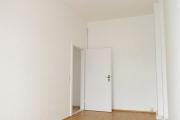 Obj.-Nr. 16180607 - Schlafzimmer zum Flur