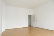 Obj.-Nr. 16180607 - Wohnzimmer zum Flur