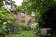 Obj.-Nr. 17180405 - Innenhof-Garten Idylle