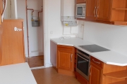 Obj.-Nr. 17180405 - Wohnküche zum Flur Herd
