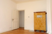 Obj.-Nr. 17180405 - Wohnzimmer zum Flur
