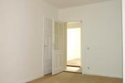 Obj.-Nr. 18180801 - Schlafzimmer zum Flur