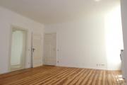 Obj.-Nr. 18180801 - Wohnzimmer zum Flur