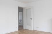 Obj.-Nr. 23180201 - Wohnzimmer zum Flur