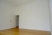 Obj.-Nr. 50190106 - Wohnzimmer zum Flur