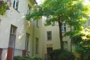 Obj.-Nr. 50190106 - schoener gruener Innenhof