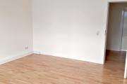 Obj.-Nr. 70180505 - Wohnzimmer zum Flur