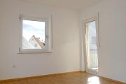 Obj.-Nr. 90181201 - Schlafzimmer zum Balkon