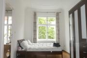 Obj.-Nr. 12180702 - Schlafzimmer