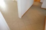 Obj.-Nr. 07190303 - Fliesenboden Flur und Büro 5.06-09
