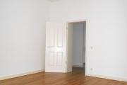 Obj.-Nr. 19171103 - Wohnzimmer zum Flur