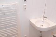 Obj.-Nr. 04171106 - Duschbad Waschbereich