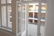 Obj.-Nr. 04171106 - Wohnzimmer Balkon-Austritt