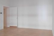 Obj.-Nr. 04171106 - Wohnzimmer zum Flur
